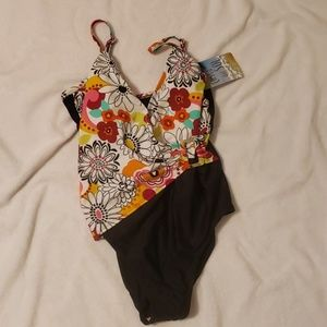 Costa del sol swim suit NWT